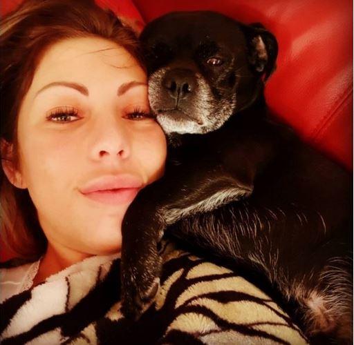 Guten Abend #miablowhh #miachristin #sunnydayselfie #PicOfTheDay #doggylove #Germangirl #lovethatshit #LoveMyLife #followme