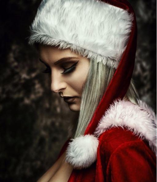 Weihnachten ist leider schon vorbei aber Brüste gehen immer xd